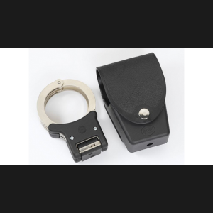 http://www.targetgroup.gr/wp-content/uploads/2013/01/HANDCUFFS-POUCH-H.-300x300.png
